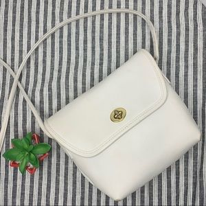 Vintage Coach off White Crossbody